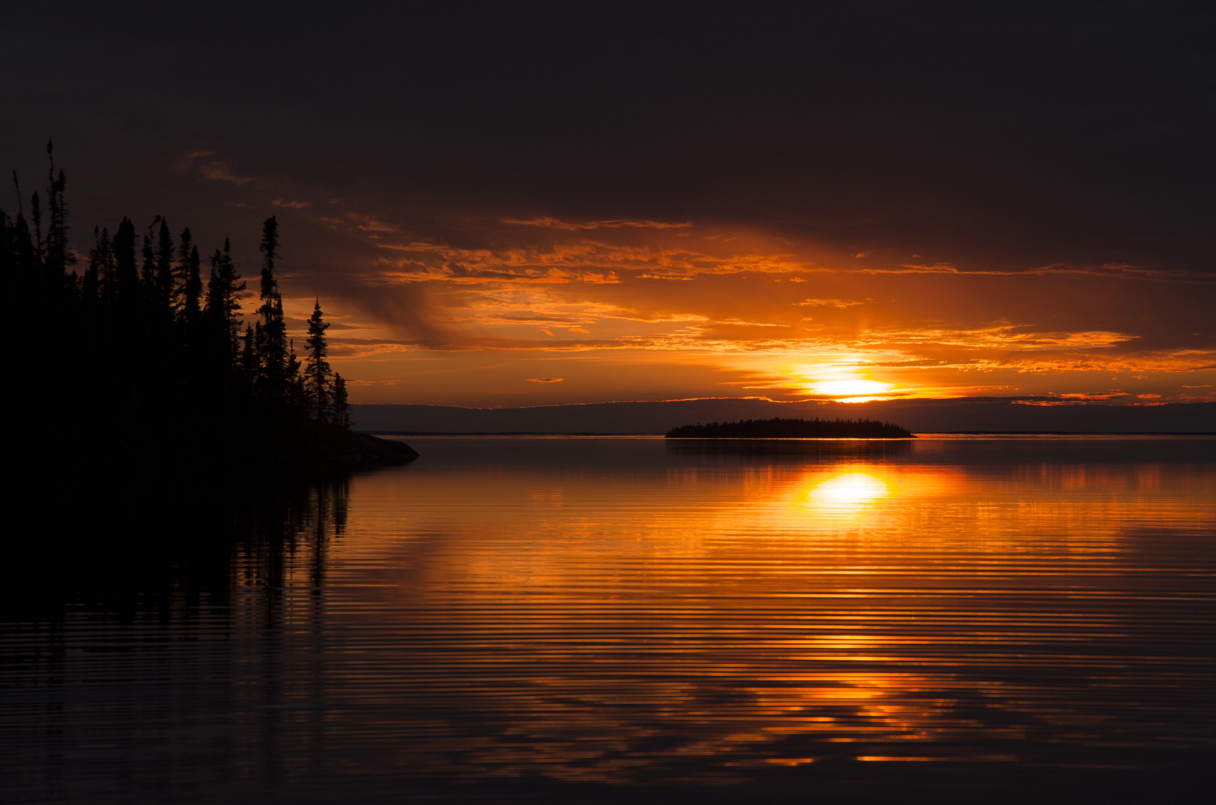 Sunset on Reindeer Lake, fishing in Saskatchewan